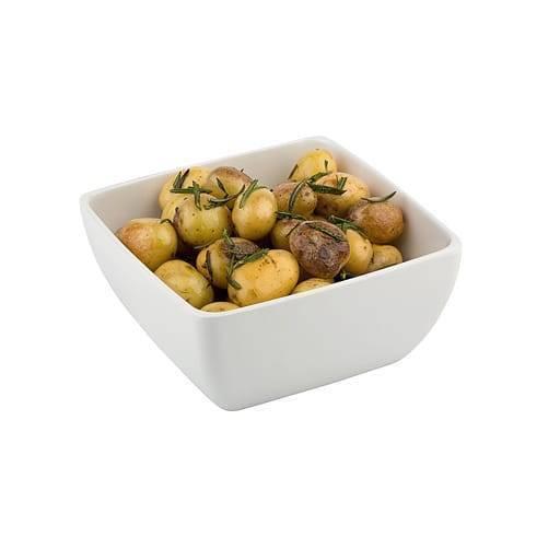White bowl 25x25 cm.